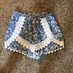 Pants - Floral and lace shorts